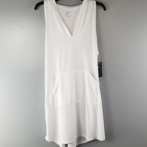 NWT NIKE white Cover up with pockets size XL